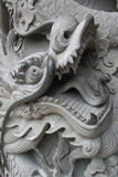 Каменное украшение столбца дракона Стоковые Изображения RF