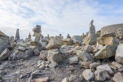 Каменные кучи на Pointe de Ручке-Hir Стоковая Фотография RF