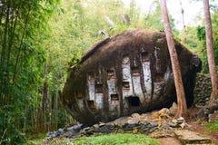 Каменные могилы Стоковые Фотографии RF