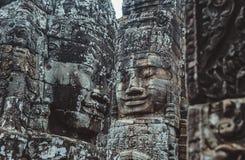 Каменные настенные росписи и скульптуры в Angkor Wat, Камбодже Стоковые Изображения RF