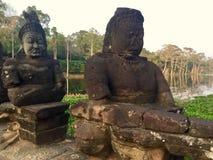 Каменные статуи Индусская мифология Камбоджа стоковое изображение