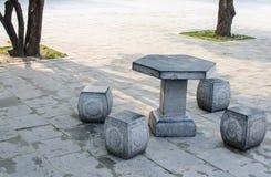 Каменные таблица и стенды Стоковые Фотографии RF
