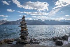 Каменный балансировать Стоковые Фото