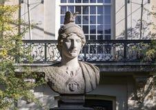 Каменный бюст Minerva в Амстердаме, Нидерланд стоковое изображение