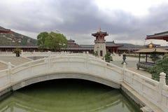 Каменный мост putuoshan коллежа Будды, самана rgb Стоковые Изображения