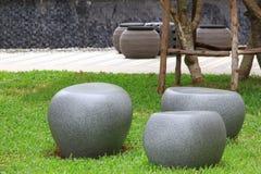 Каменный стул в парке Стоковые Фотографии RF