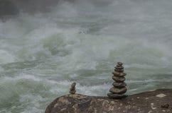 2 каменных башни в природе Стоковая Фотография RF