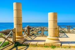 2 каменных столбца Стоковые Изображения RF