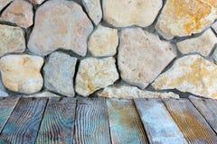 Камень и древесина Стоковые Фото