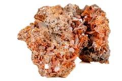 Камень минеральное Wulfenite макроса на белой предпосылке стоковое изображение rf