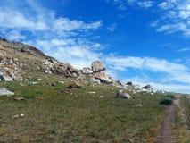 Камень на горном склоне Стоковое Фото