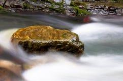 камень падения Стоковая Фотография