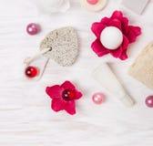 Камень пемзы и комплект ванны Стоковые Фотографии RF