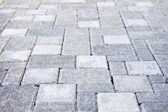 камень подъездной дороги блокируя Стоковые Изображения