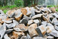 Камень подготавливает для конструкции на обочине Стоковое Изображение