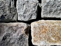 Камень преграждает предпосылку стоковая фотография