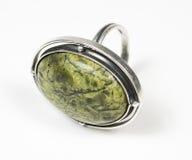 камень серебра кольца зеленого цвета одного цвета первоначально Стоковая Фотография RF