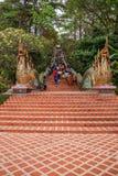 Камень Чиангмая, Таиланда Suthep Doi Suthep известный шагает Ssangyong Стоковая Фотография
