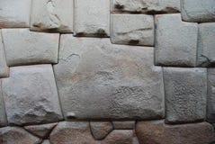 Камень 12 углов в Hatum Rumiyoc, Cuzco Стоковое Изображение