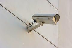 Камера замкнутой цепи на стене Стоковое Изображение RF