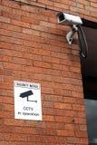 Камера и предупредительная надпись CCTV Стоковое Изображение