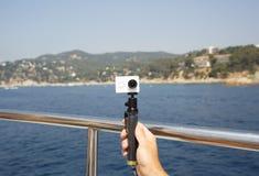 Камера на monopod делает selfie Стоковые Изображения RF
