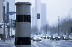 Камера скорости на стороне улицы стоковое фото