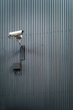 Камера слежения на стене стоковая фотография