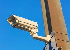 Камера слежения против голубого неба Стоковая Фотография RF