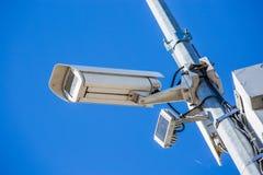 Камера слежения CCTV зафиксированная на поляке металлическом Стоковые Изображения RF