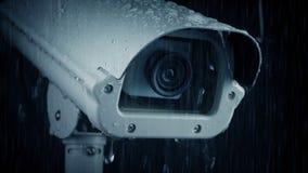 Камера CCTV в проливном дожде сток-видео