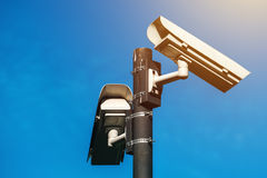 Камера CCTV, наблюдение с помощью электронных средств современной эры антитеррористическое Стоковая Фотография