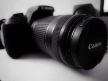 Камера 1300 Eos d DSLR канона стоковое фото