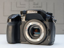 Камера Panasonic Lumix DMC-GH4 mirrorless Стоковые Изображения