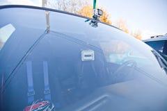 2 камеры действия на спортивной машине Стоковое Изображение RF