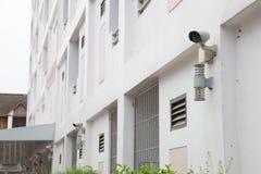 Камеры слежения на стене Стоковые Изображения RF