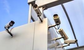 Камеры слежения на стене Стоковое Изображение