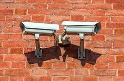 Камеры слежения установленные на стене Стоковые Изображения RF