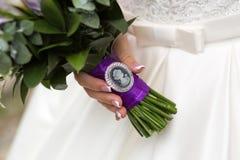 Камея на букете свадьбы стоковые изображения