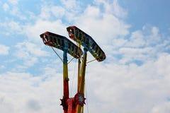 Камикадзе в среднем воздухе в ярмарке стоковое изображение