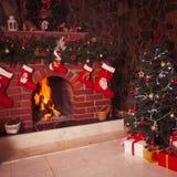 Камин рождества в комнате Стоковая Фотография