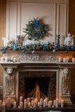 Камин рождества с свечами Стоковое фото RF