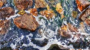 Камни в beatch стоковое изображение