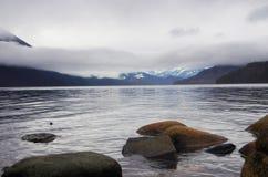 Камни на береге озера Стоковая Фотография RF