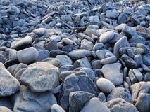Камни на мор-береге стоковая фотография rf