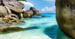 Камни на пляже Стоковое фото RF