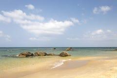 Камни песка моря стоковые изображения rf