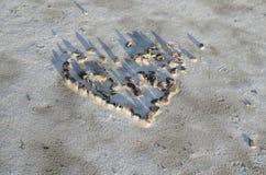 камни разбитого сердца на квартирах соли Bonneville стоковые фотографии rf