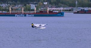Канада, Ванкувер, город гавани, эпицентр деятельности транспорта Северной Америки сток-видео