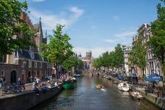 каналы amsterdam стоковые изображения